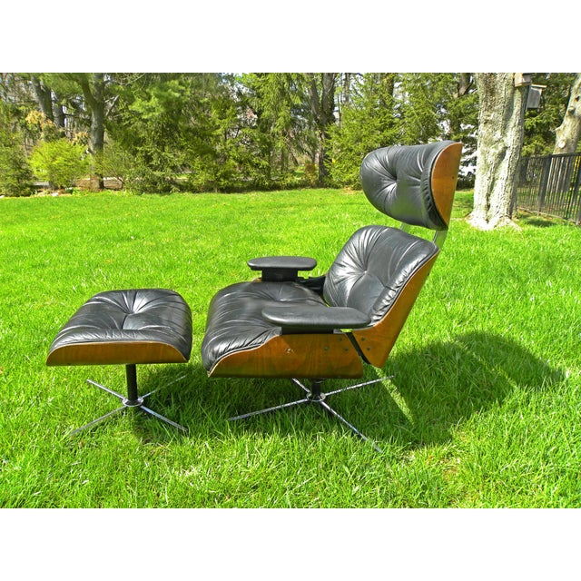 Plycraft Vintage Plycraft Mid Century Vintage Leather Lounge Chair & Ottoman For Sale - Image 4 of 11