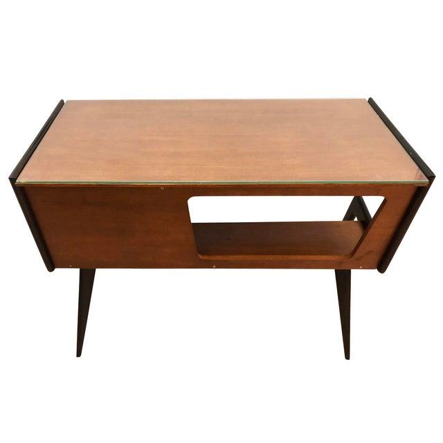 Italian Mid-Century Desk in the Manner of Silvio Cavatorta For Sale In New York - Image 6 of 8