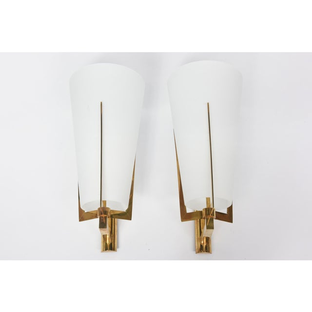 Set of Four Large Stilnovo Brass and Frosted Glass Wall Lights, Italy For Sale - Image 9 of 9