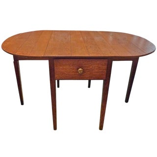 English 19th Century Country Oval Pine Drop-Leaf Table With One Center Drawer For Sale