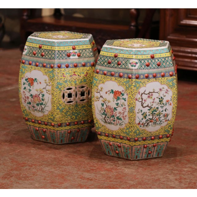 Mid-20th Century Chinese Porcelain Garden Stools With Floral and Foliage - a Pair For Sale In Dallas - Image 6 of 9