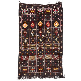 Moroccan Kilim Rug - 3'4'' x 5'4'' For Sale