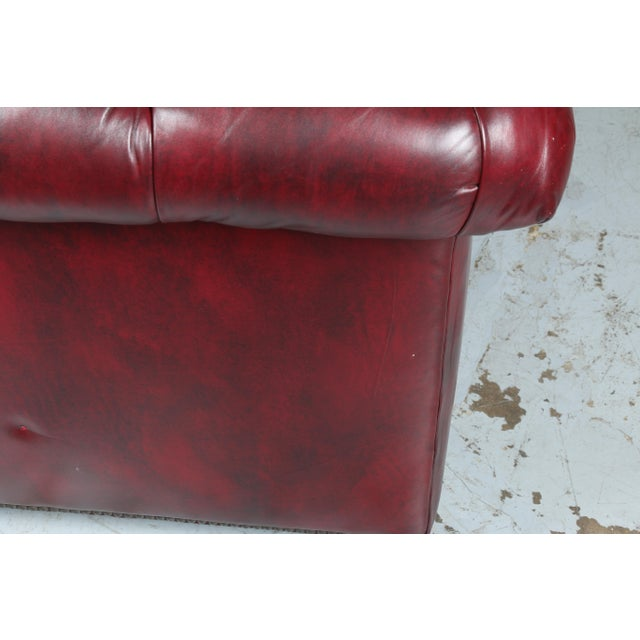 1970'S Burgundy Emerson Leather Chesterfield Sofa - Image 5 of 10