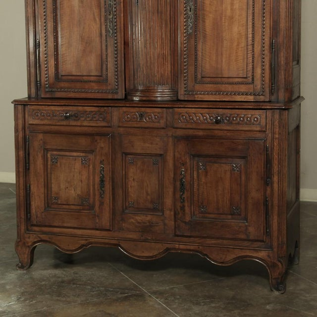 18th Century Country French Walnut Louis XVI Buffet a Deux Corps For Sale - Image 10 of 13