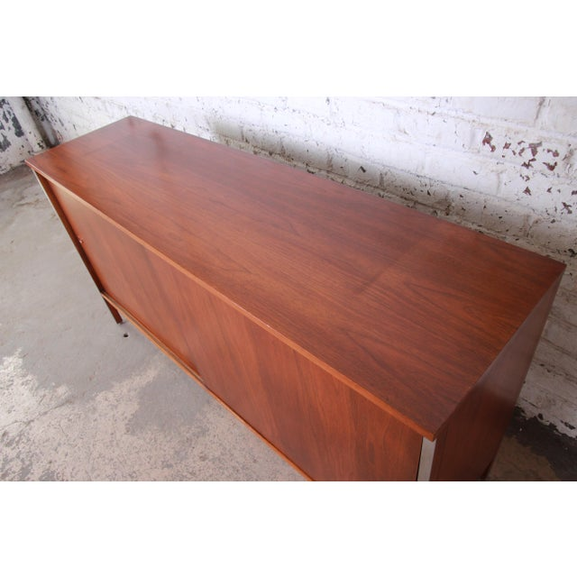Paul McCobb for Calvin Linear Group Walnut Sideboard Credenza For Sale - Image 9 of 12