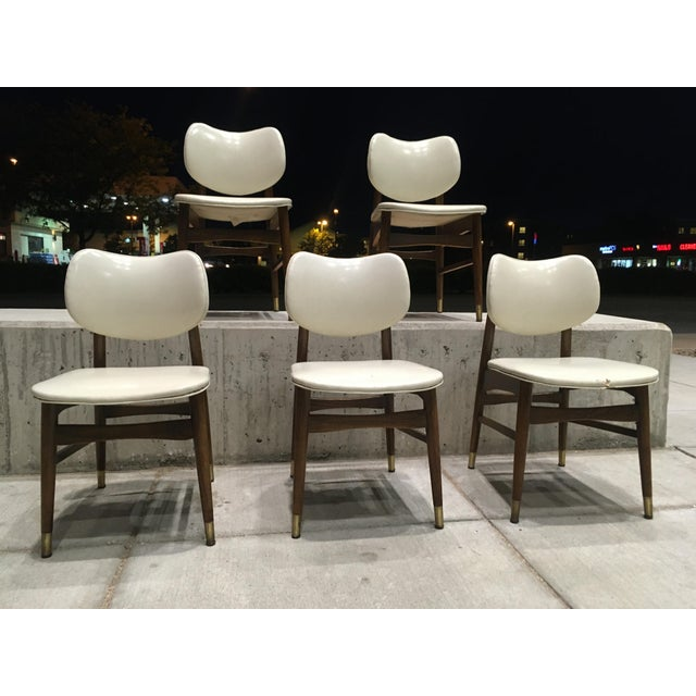 Mid-Century Modern Thonet Style Walnut and Vinyl Dining Chairs by Shelby Williams - Set of 5 For Sale - Image 10 of 13