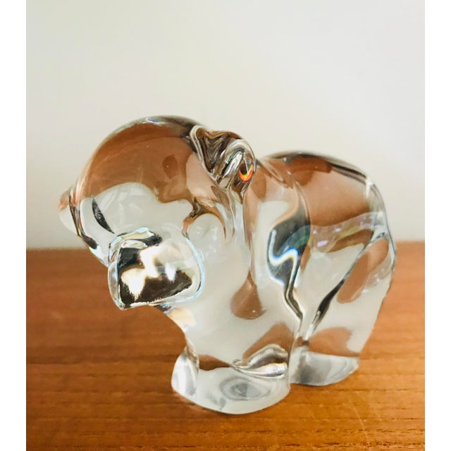 Lovers of art glass and bears alike will rejoice at receiving this lyrical work of art. Possibly by glass crafters...