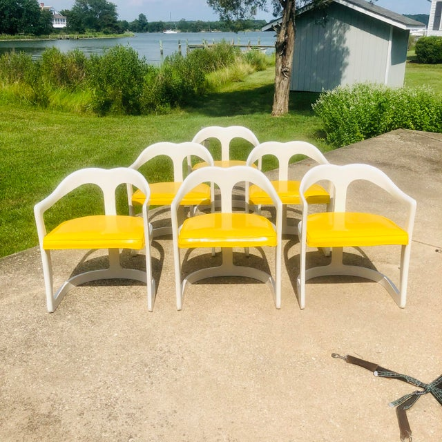 Rarely encountered Space Age Modern Broyhill Chapter One dining set. Six dining chairs in yellow with white lacquered...