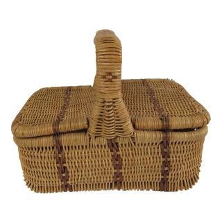 Small Vintage Picnic Basket For Sale