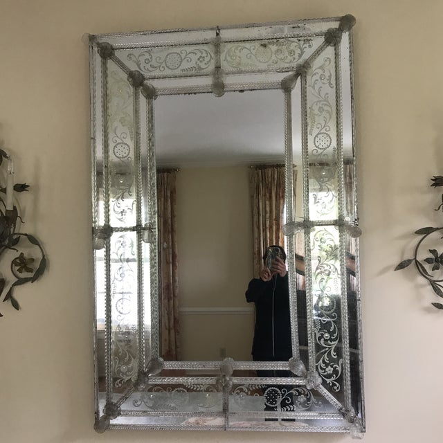 20th Century Venetian Glass Mirror For Sale In New York - Image 6 of 7