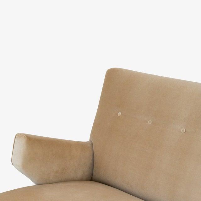 """1950s """"Model 37"""" Sofa in Camel Velvet by Jens Risom for Knoll For Sale - Image 5 of 9"""