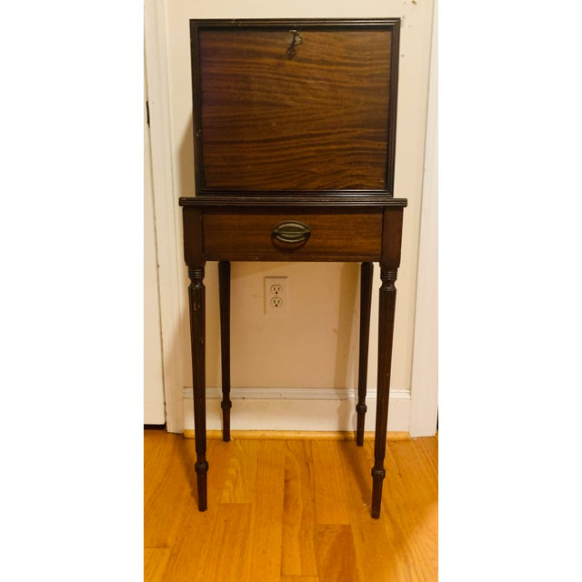 American 18th Century Victorian Generals Field Writing Desk For Sale - Image 3 of 8