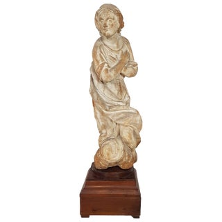 17th Century Carved Wood Madonna Sculpture For Sale
