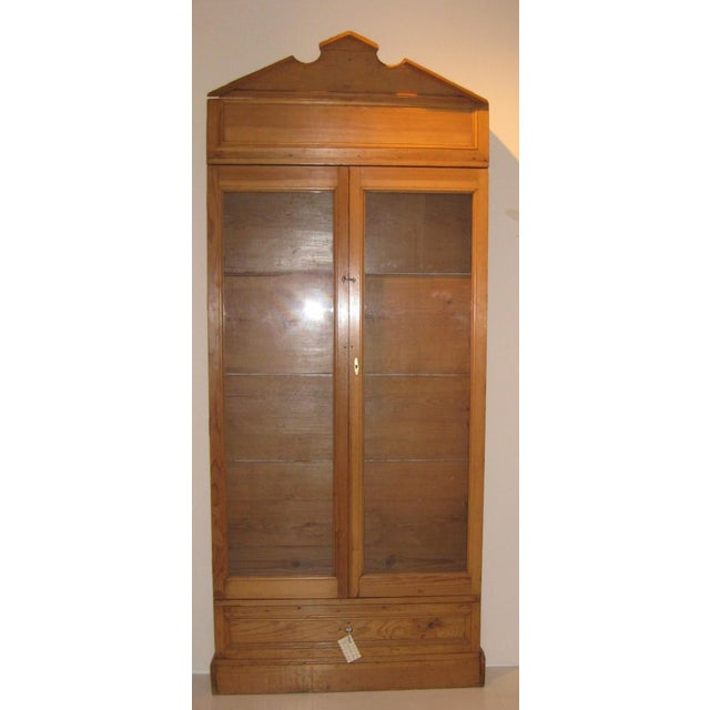 Mediterranean 1900s Mexican Style Display Cabinet For Sale - Image 3 of 3
