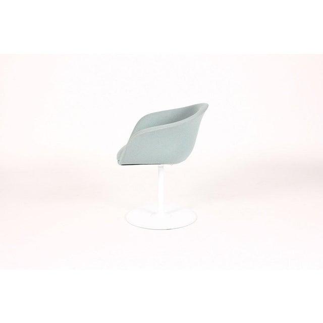 Mid-Century Modern 1960s Mid Century Modern Arper Tulip Swivel Chair For Sale - Image 3 of 6