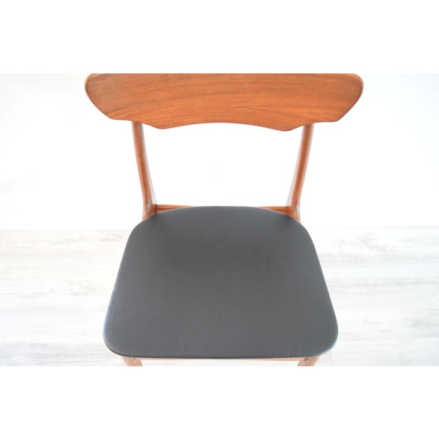 Mid Century Modern Dining Chairs - Set of 4 For Sale - Image 9 of 13