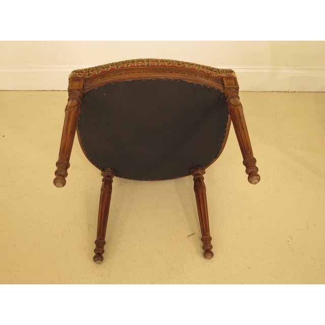 French Louis XV Carved Walnut Dining Room Chairs - Set of 8 For Sale In Philadelphia - Image 6 of 13