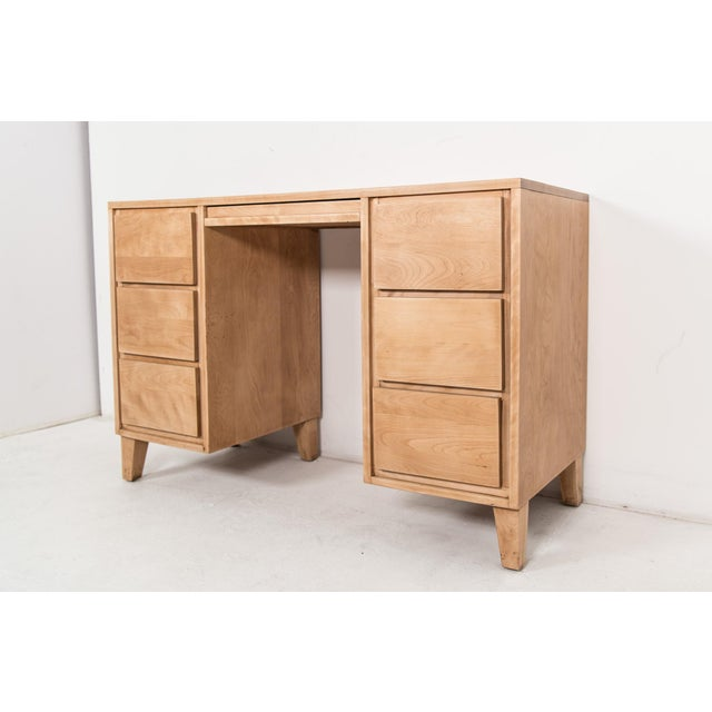 1940s Mid-Century Modern Russel Wright for Conant Ball Maple Partner Desk For Sale In Los Angeles - Image 6 of 10