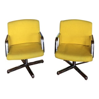 1970s Vintage Stow/Davis Paradigm Series Chairs- A Pair For Sale