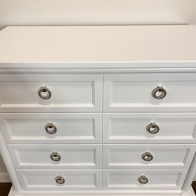 1960s Thomasville White Lacquer Chest of Drawers For Sale In Chicago - Image 6 of 8