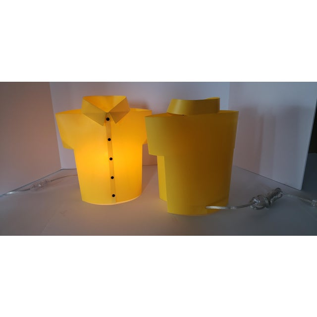 """Contemporary Yellow Memphis Pop Art """"T Shirt"""" Lamps - a Pair For Sale - Image 3 of 6"""