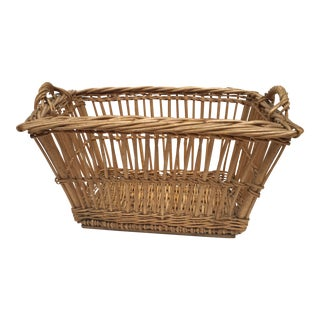 1900s French Woven Wicker Laundry Basket For Sale