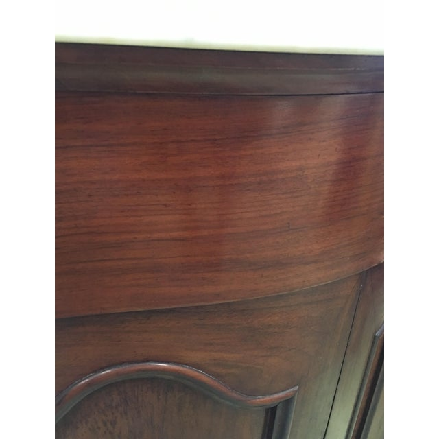 19th Century Walnut and White Marble Linen Press With One Door For Sale In Miami - Image 6 of 12