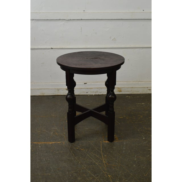 1900 - 1909 Arts & Crafts Style Antique Round Oak Drinks Table Stickley Era For Sale - Image 5 of 13