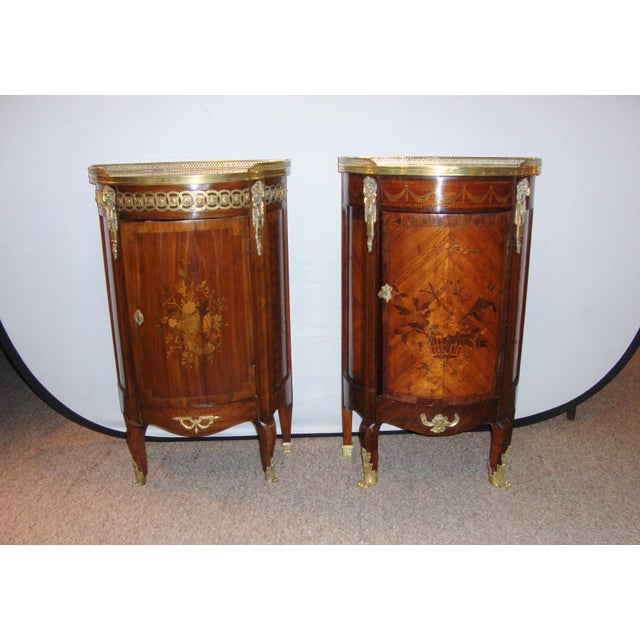 French Louis XV Style Inlaid Pedestal End Table Night Stand Gallery Marble Top - Image 2 of 7