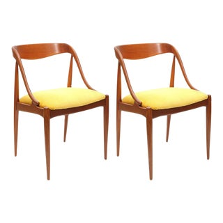 Pair of Johannes Andersen Teak Chairs, 1960s, Denmark For Sale