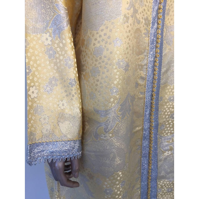 Metal Metallic Gold and Silver Brocade 1970s Maxi Dress Caftan, Evening Gown Kaftan For Sale - Image 7 of 10