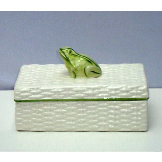 Italian Porcelain Ceramic Wicker Frog Box - Image 6 of 11