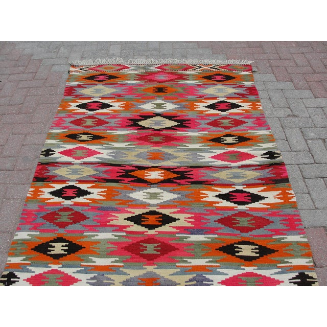 Vintage Turkish Kilim Rug - 4′4″ × 6′10″ For Sale - Image 10 of 11