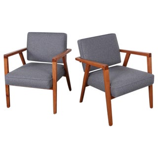 Pair of Lounge Chairs by Franco Albini For Sale