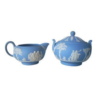 Wedgwood Creamer & Sugar Bowl - a Pair For Sale