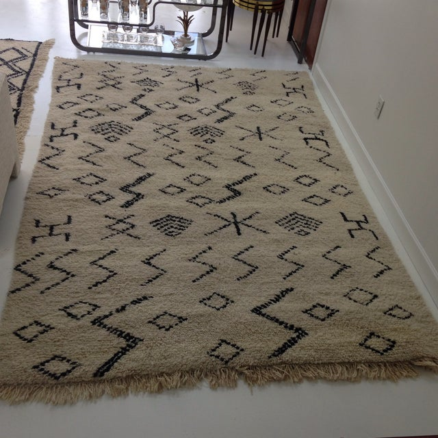 "Authentic Moroccan Beni Ourain Rug - 6'5"" X 9'3"" - Image 2 of 5"