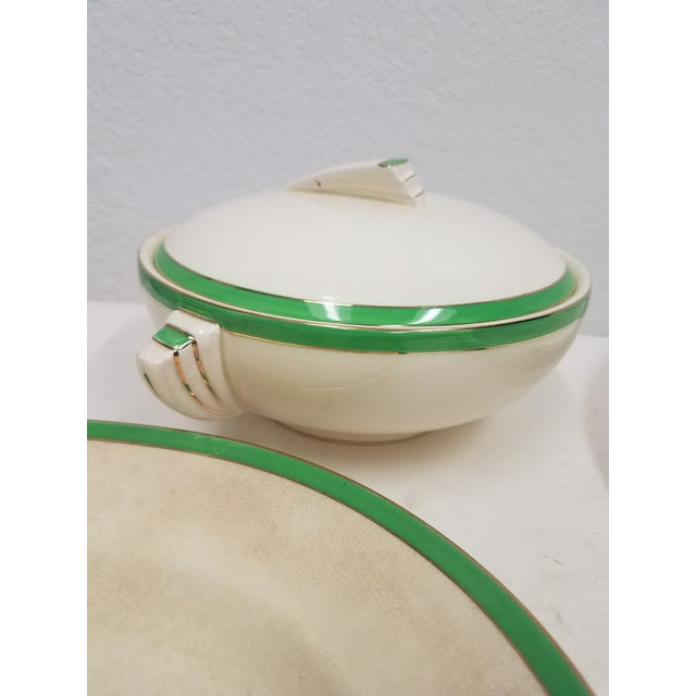 Antique Wedgwood Art Deco Serving Platters and Bowls - Found in Devon For Sale - Image 4 of 12