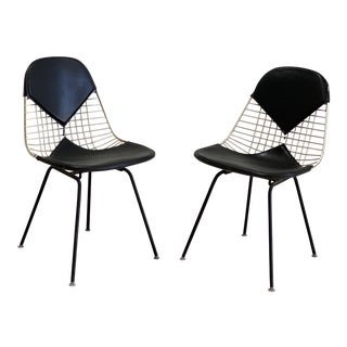 Mid Century Eames White Wire and Bikini Back Black Vinyl Chairs - a Pair For Sale
