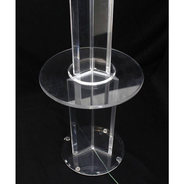 Modern Mid Century Modern Lucite Floor Lamp with Round Built In Table For Sale - Image 3 of 9