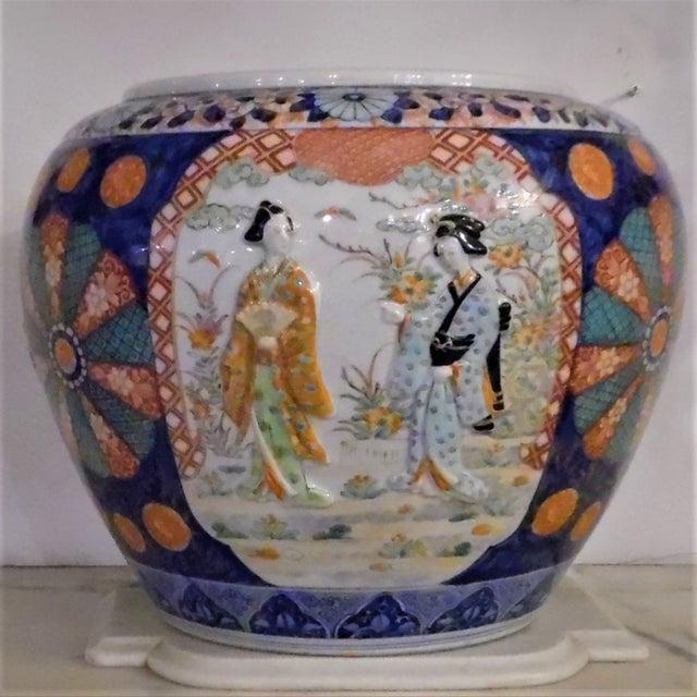 Asian Japanese Imari Fish Bowl For Sale - Image 3 of 13