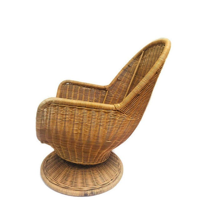 Boho Chic 1980s Vintage Sculpted Rattan Egg Chair Swivel Wicker Club Chair For Sale - Image 3 of 13