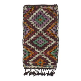 1960's Vintage Embroidered Decorative Small Kilim Rug- 2′6″ × 4′11″ For Sale