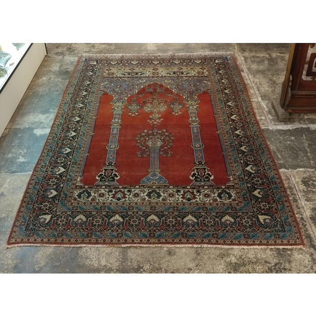 Antique Hand Made Persian Mashhad Rug c.1920s size 4 1/2 x 7' A beautiful piece that will add to your décor!
