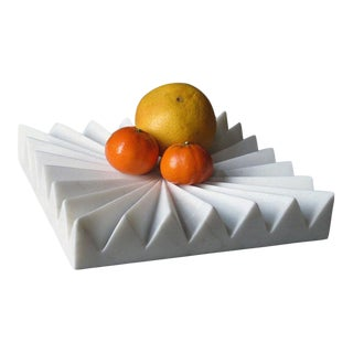Akmd Collection | Marble Fruit Tray