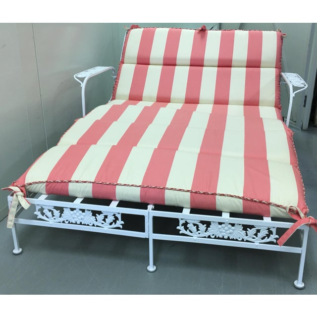 Pink 1950s Salterini White Wrought Iron Double Chaise Longue w/ Custom Cushion For Sale - Image 8 of 8