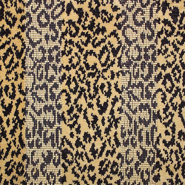 Country Scalamandre Belgian Corbet Epingle Velvet Fabric - 3 Yards For Sale - Image 3 of 3