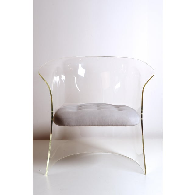 Gray 1960s Mid-Century Modern Vladimir Kagan Lucite Barrel Chair For Sale - Image 8 of 13