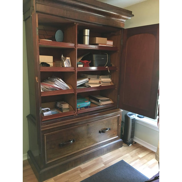Scotland gentleman's hat Chest, cabinet or wardrobe handmade fabulous pulls and hardware well made. Drawer to the bottom.