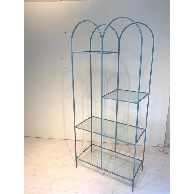 Mid-Century Modern Mid Century Modern Arched Powder Blue Metal and Glass Display Shelf Unit For Sale - Image 3 of 7