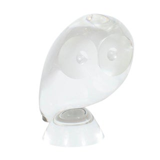 Mid-Century Modern Glass Owl Paperweight / Decorative Object by Steuben For Sale